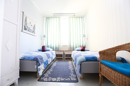 2 hengen huone